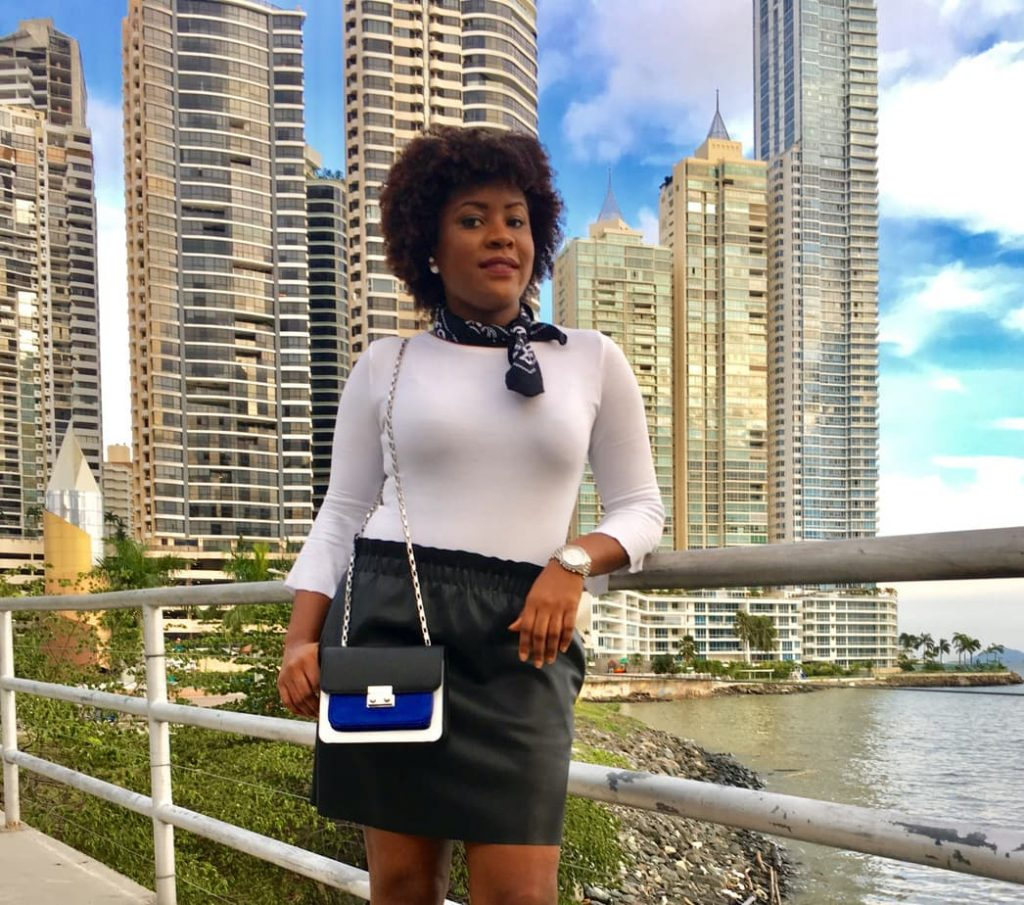 How to be versatile with styling a leather skirt