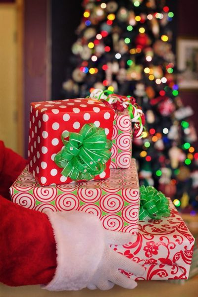 Merry Christmas And A Happy New Year 2018   Happy New Year   Christmas   Holidays   Festive   Seaons Greetings   Travel Beauty Blog