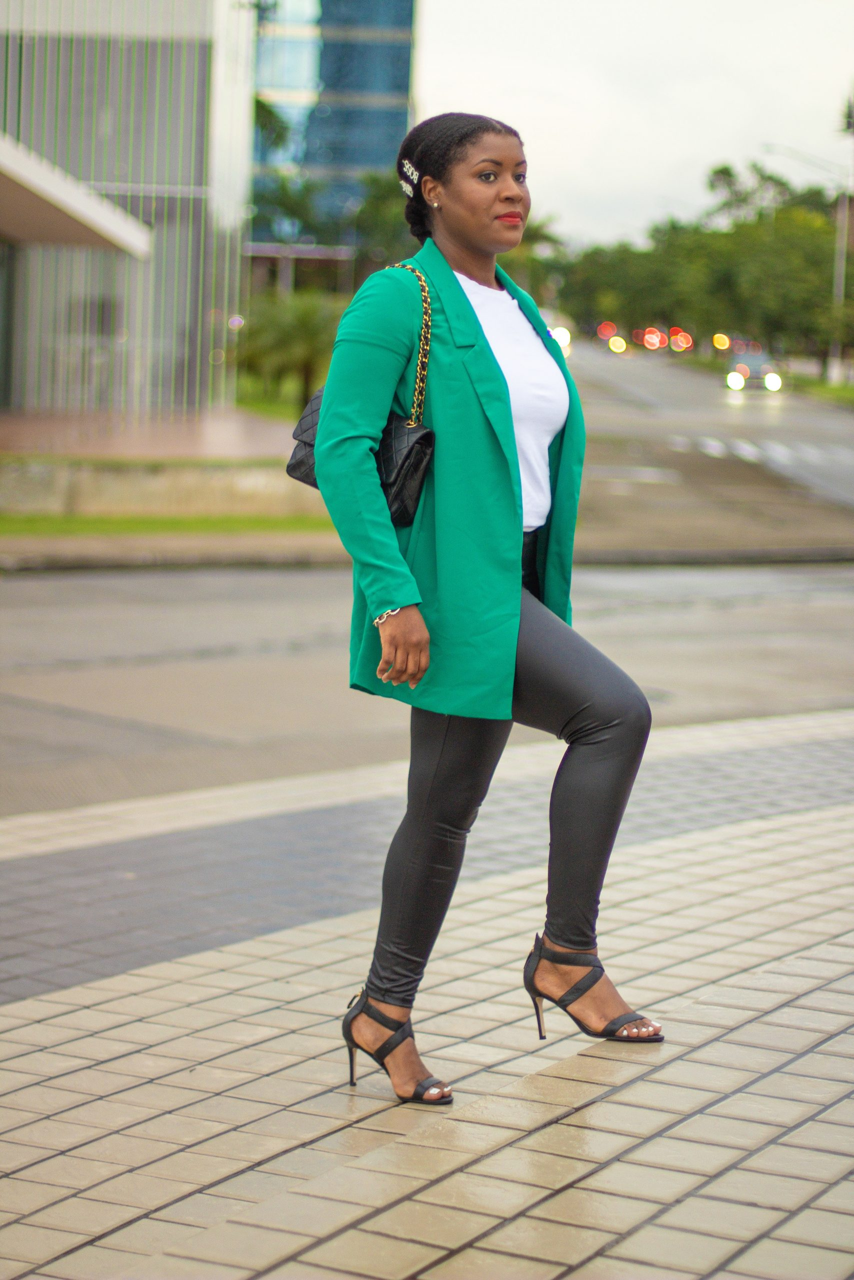 How To Style Leather Leggings In 5 Easy Ways | Travel Beauty Blog