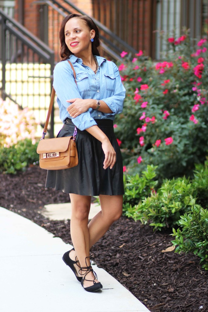what to wear with black skirts