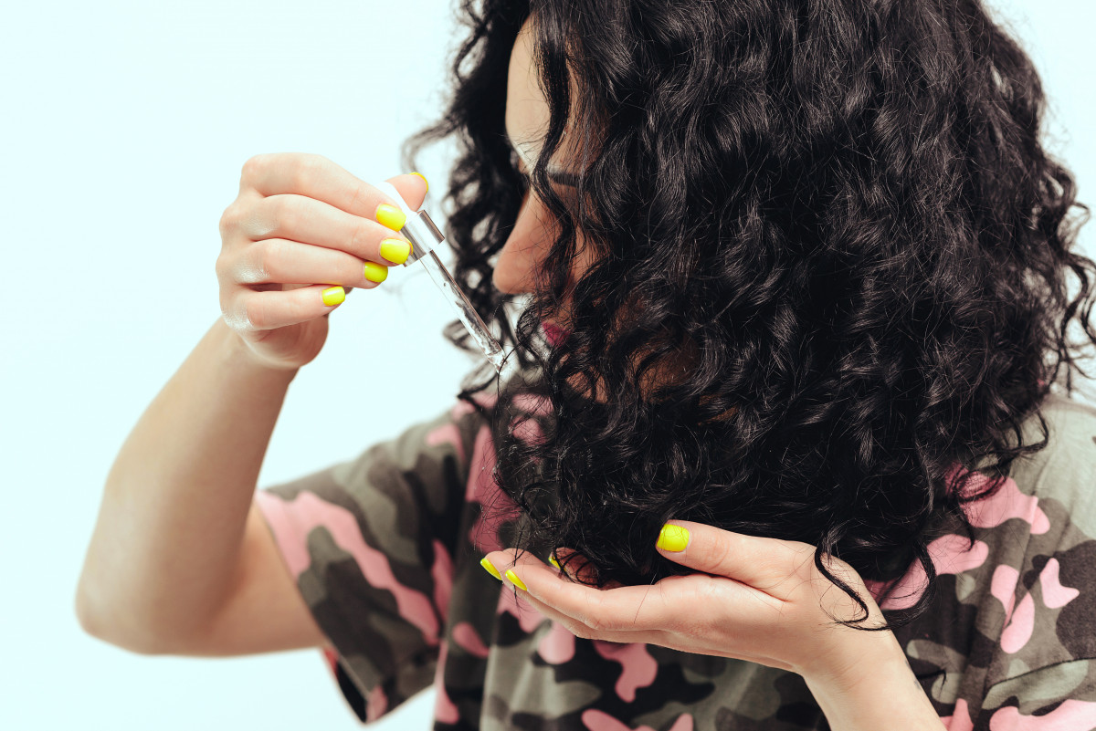 The Best Oils For Natural Hair In 2021 - Travel Beauty Blog