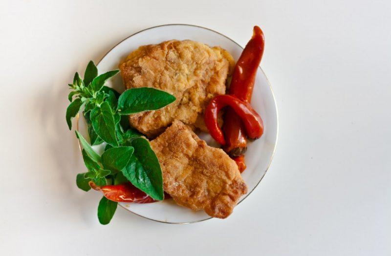 plate-white-fish-chilli